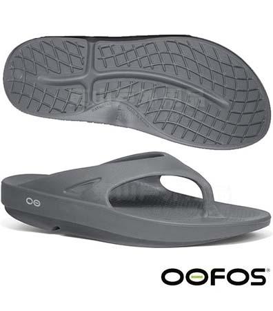 OOFOS M1000 男舒壓夾腳鞋-鐵灰
